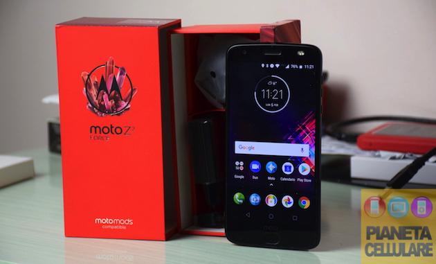 Recensione Motorola Moto Z2 Force Android Oreo, un Top di gamma resistente