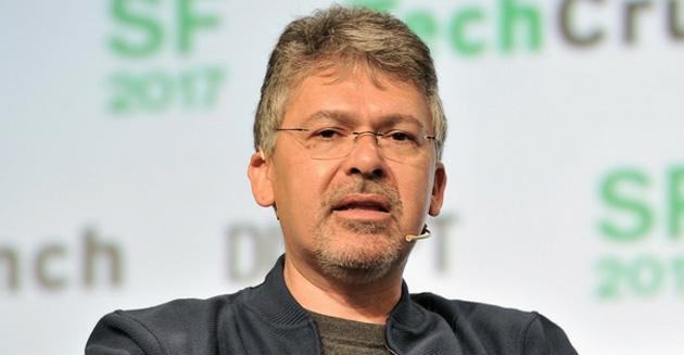 Apple assume ex capo della Intelligenza Artificiale di Google per migliorare Siri