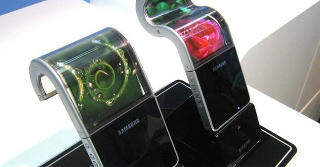 Galaxy X, lo smartphone pieghevole Samsung potrebbe essere annunciato a novembre
