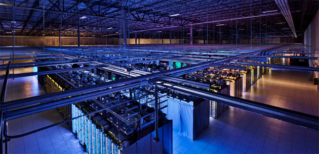 Google usa la IA in sicurezza per raffreddamento autonomo dei data center e controllo industriale