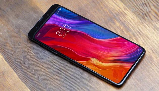 Xiaomi Mi Mix 3 con fotocamera a scomparsa arriva in ottobre