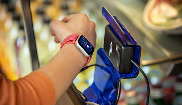 Apple aggiunge supporto per la carta di dentita' in Wallet, solo per alcuni studenti in USA