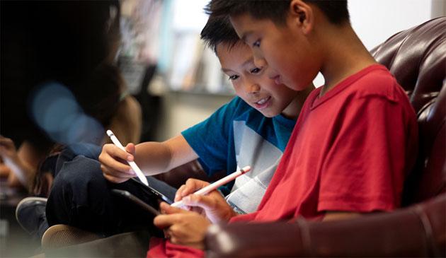 Apple rilascia Creativita' per tutti su Apple Libri per incoraggiare l'espressione creativa in ogni materia