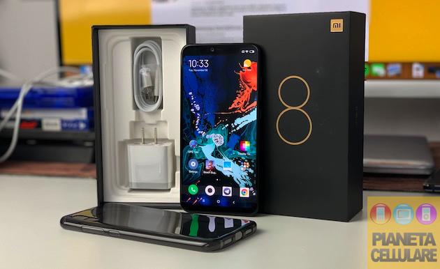 Recensione Xiaomi Mi 8 Pro, lettore impronte sotto al vetro