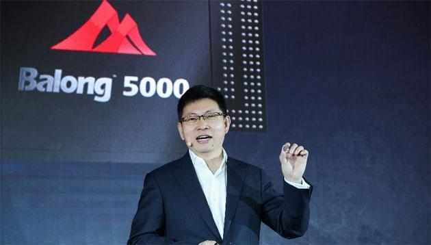 Huawei col suo primo smartphone 5G al MWC 2019 mentre con Balong 5000 sblocca l'era del 5G