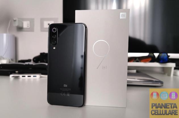 Unboxing Xiaomi Mi 9 SE Global e prime impressioni, finalmente un compatto