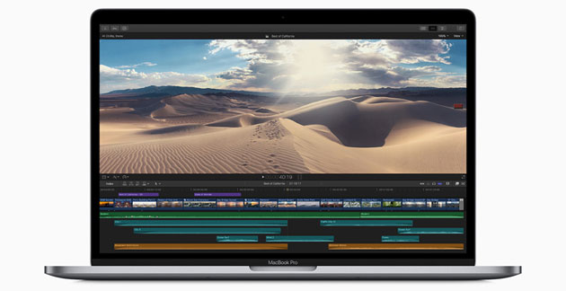 Foto Apple MacBook Pro ora con CPU a 8 core