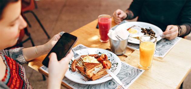 Google Maps aiuta ad ordinare al ristorante, mostra i piatti popolari in menu