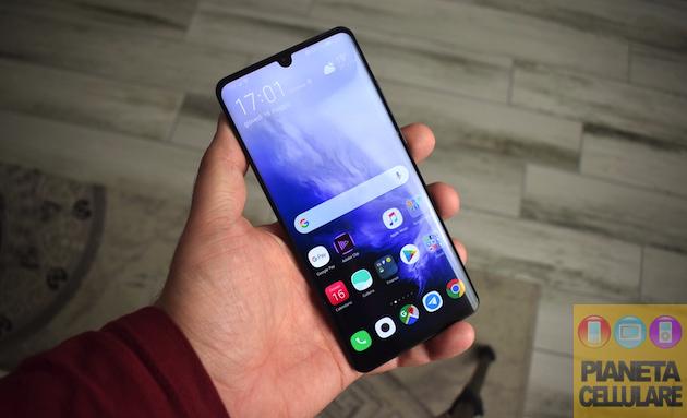 Huawei P30 Pro due mesi dopo, tanti aggiornamenti e prezzo in calo