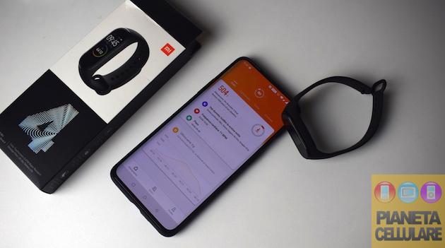 Recensione Xiaomi Mi Band 4, migliora senza alzare il prezzo