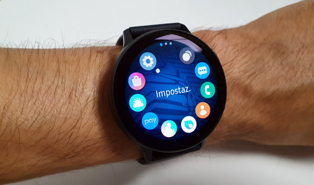 Samsung aggiorna Galaxy Watch Active2 con VO2 max, rilevamento cadute e visualizzazione delle conversazioni complete con immagini