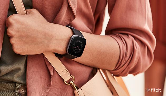 Fitbit OS 4.1 migliora Versa 2 in molte cose e introduce nuove app su tutti gli smartwatch Fitbit