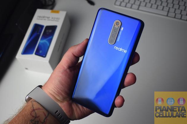Realme X2, X2 Pro e 5 Pro si aggiornano e viene confermato Android 10