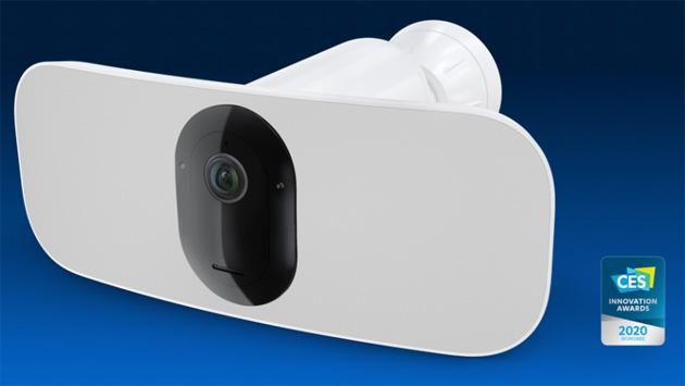 Arlo annuncia Pro 3 Floodlight Camera e SmartCloud e rinnova il proprio impegno a rispettare la Privacy degli utenti