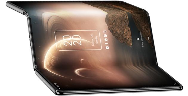 TCL svela tablet trifold con display flessibile che si piega due volte