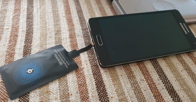 Come aggiungere la Ricarica Wireless a smartphone senza: basta un adattatore