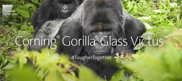 Vetro Gorilla Glass Victus annunciato: resiste a caduta da 2 metri di altezza, a graffi il doppio di Gorilla Glass 6
