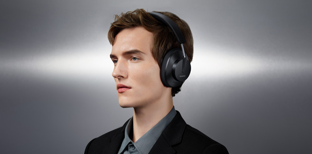 Foto FreeBuds Studio le prime cuffie wireless over-ear Huawei