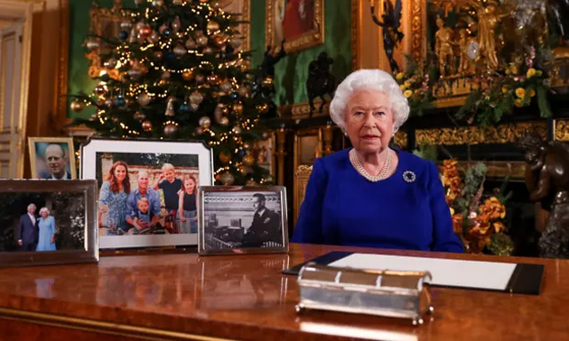 Alexa ritrasmette il messaggio di Natale della Regina Elisabetta II per la prima volta