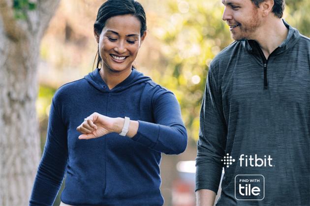 I wearable Fitbit Inspire 2 si possono trovare con Tile