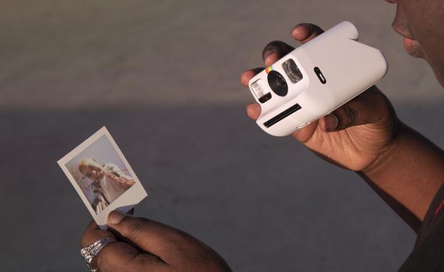 Polaroid Go, macchina fotografica analogica piccola e compatta di nuova generazione