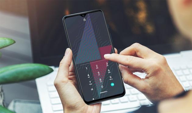 Foto Smartphone, Garante Privacy: attenzione al microfono sempre acceso
